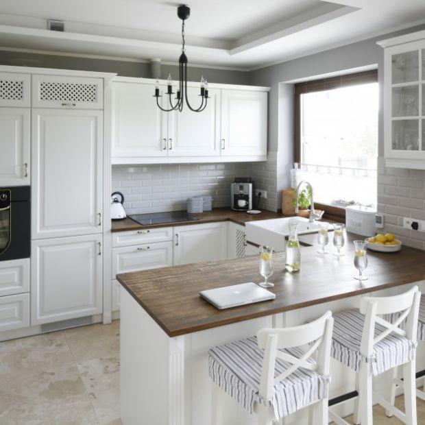 Wytrzymałe, estetyczne, solidne i atrakcyjne, czyli jakie meble kuchenne wybrać